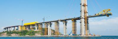 Bau einer Brücke